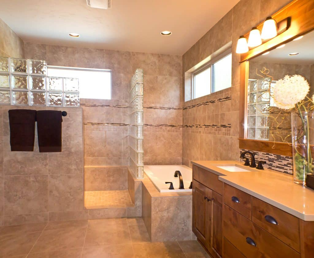 8 Mindblowing Tips That Will Help You Decorate and Style Your Bathroom into Somewhere Amazing
