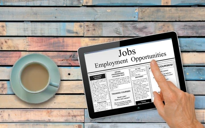 Looking for a new job is nobody's favorite thing, as it can be time-consuming and frustrating. Between searching the job websites and going to interviews, finding a new job can feel like a full-time career in itself. If you're struggling to find the time for job searching, then try some of these tips.