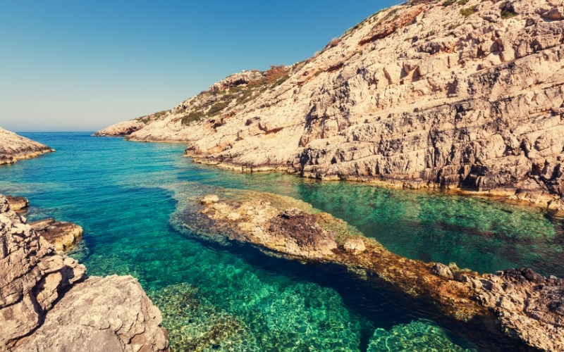 Everything You Need to Know to Enjoy the Ultimate Island Holiday in Greece